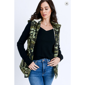 Camo Print Drawstring Waist Military Anorak All Season Vest with Faux Fur Lining