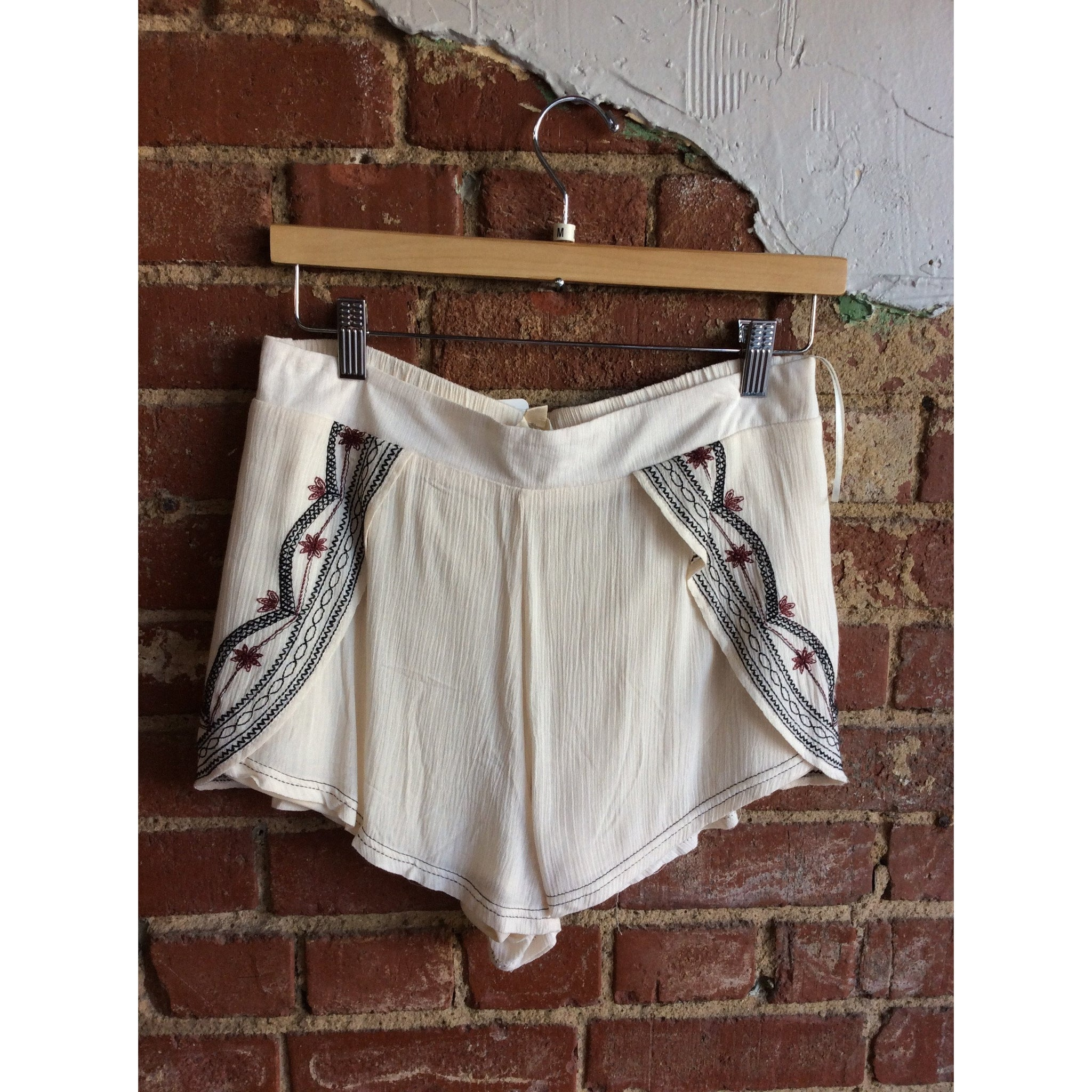 Natural Split Front Embroidered Shorts