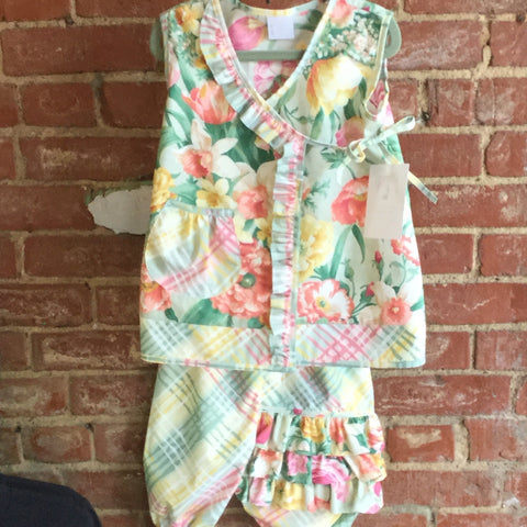 Little Girl Plaid Floral Top and Ruffled Bloomers
