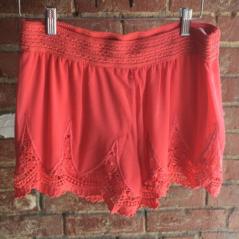 Coral Laced Border Shorts with Elastic Waist & Lining