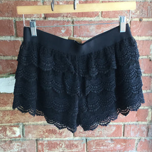 Umgee Black Crochet Layered Shorts