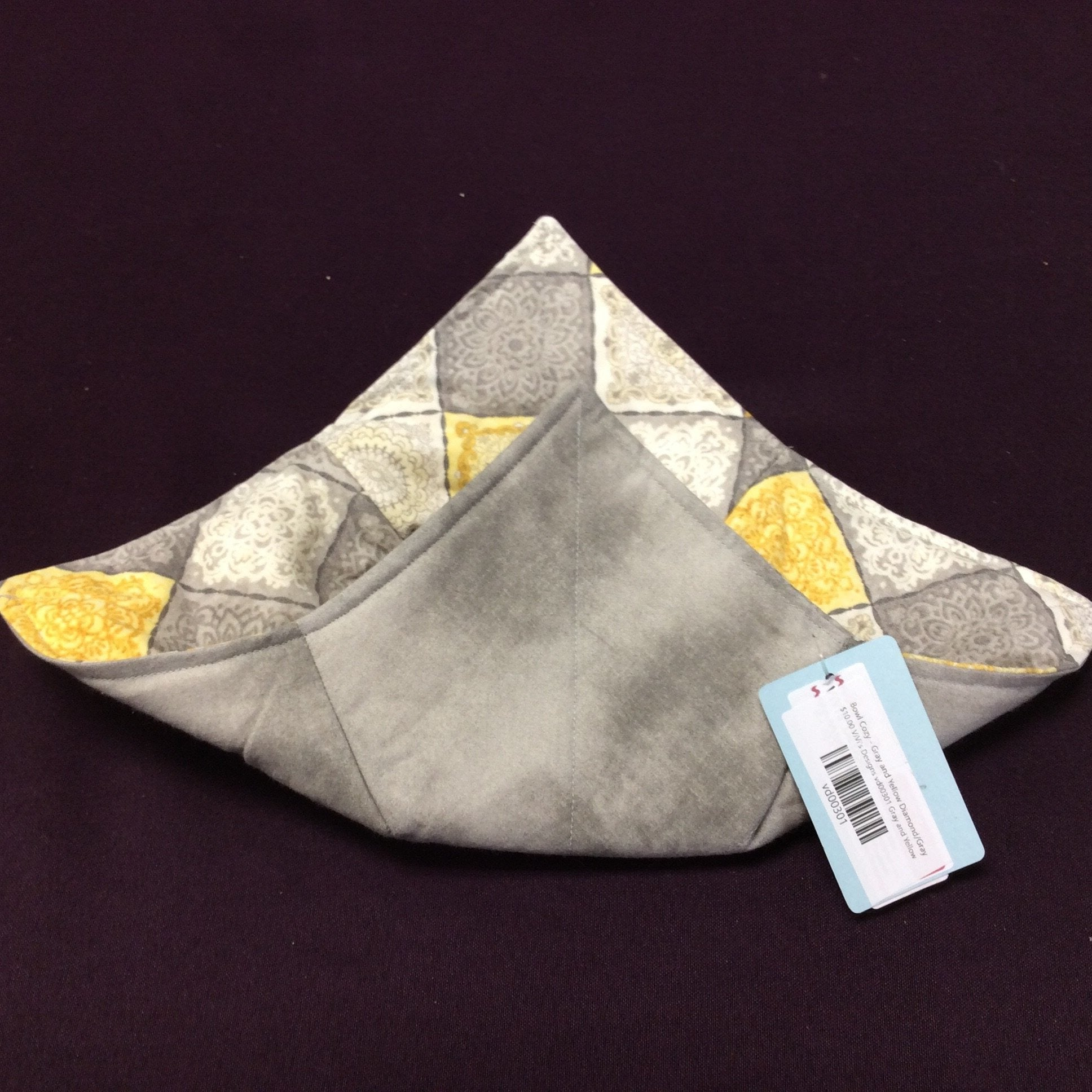 Bowl Cozy - Gray and Yellow Diamond/Gray