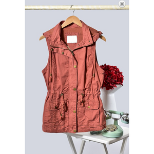 Rust Detachable Hood Anorak All Season Vest with Drawstring Waist and Side Pockets