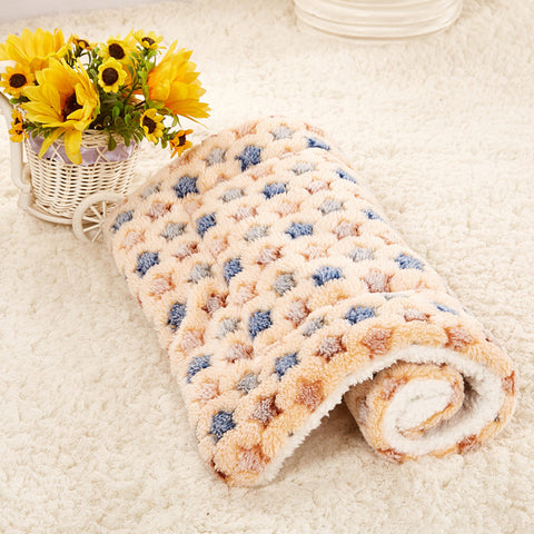 Gorgeous Soft Pet Blanket for your Puppy, Dog, Kitten or Cat - Small / Medium / Large Brown