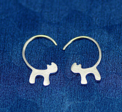 Stylish Silver Plated Hanging Cat Earrings - FOURPAWPALS