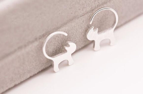 Stylish Silver Cat Earrings - FOURPAWPALS