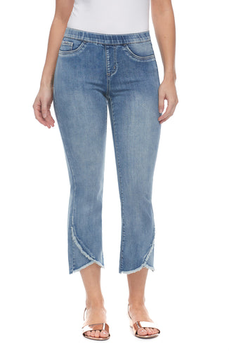 Pull-On Crop Jean - Moody Blue
