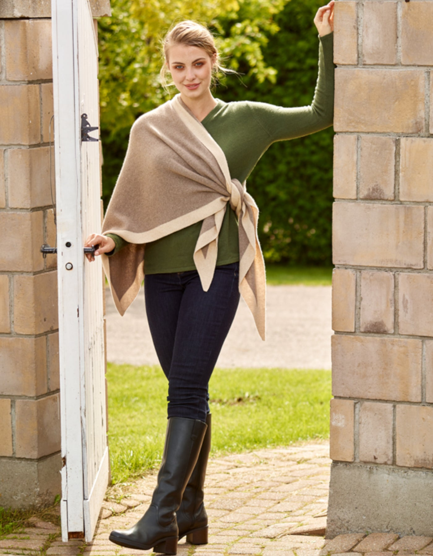 Triangle 2 Tone Shawl