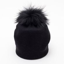 Load image into Gallery viewer, Hat w Pom-cashmere blend