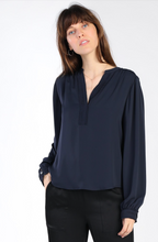 Load image into Gallery viewer, V-Neck Detail Blouse