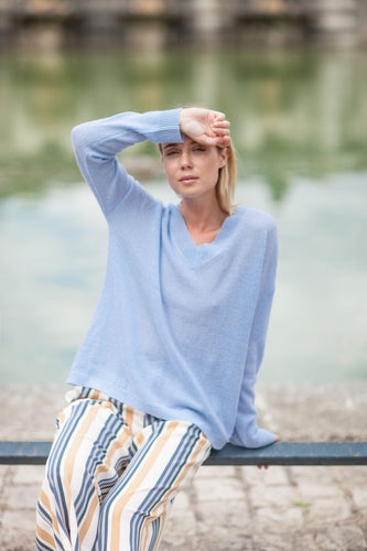 V-Neck Cashmere Shimmer Sweater