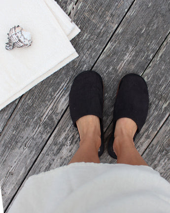 LEATHER & LINEN SLIPPERS
