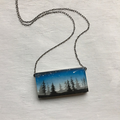 Dark pines necklace