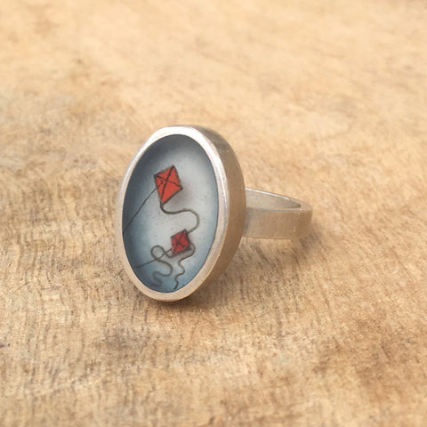 Oval kites ring