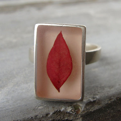 Nandina leaf ring
