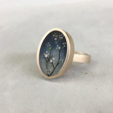 Night blossoms ring oval