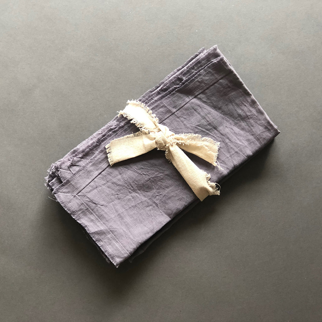 Frayed Edge Belgian Linen Napkins in Grey