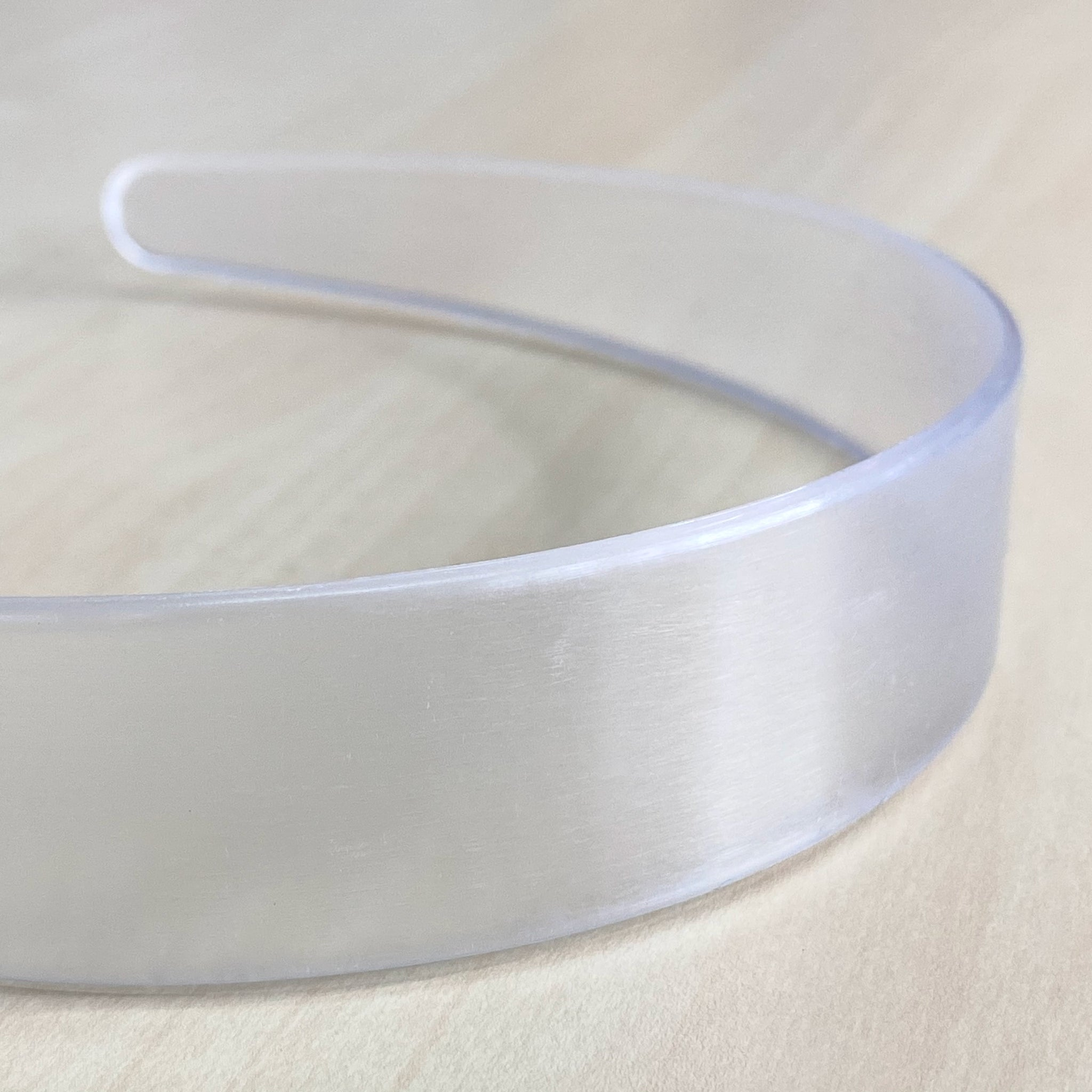 1-inch Clear Plastic Headband (6-Pack)
