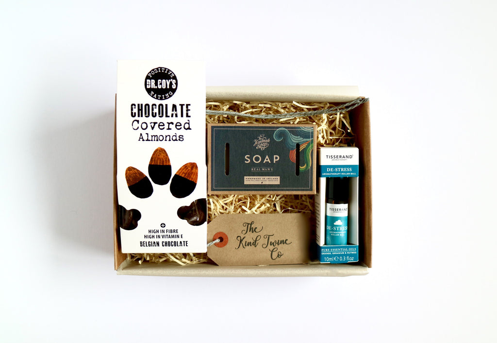 men's gift box send a smile wellbeing hamper