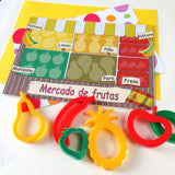 Child's Dough Market Stall play mat with fruit cutters - Spanish