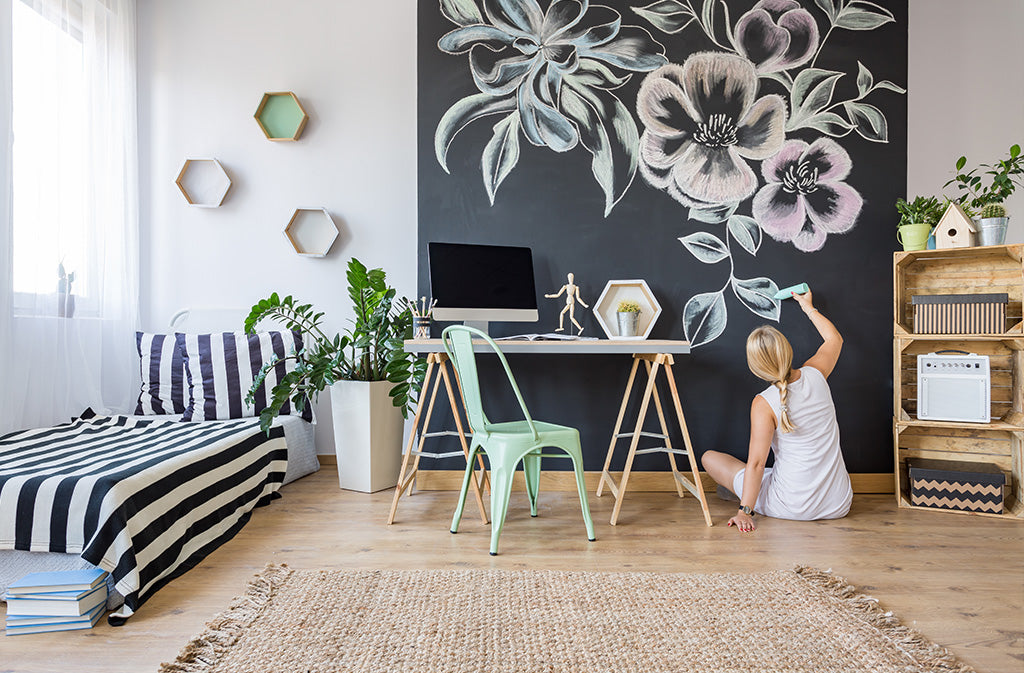 Creative & Artsy Bedroom Decor for Your Teenager