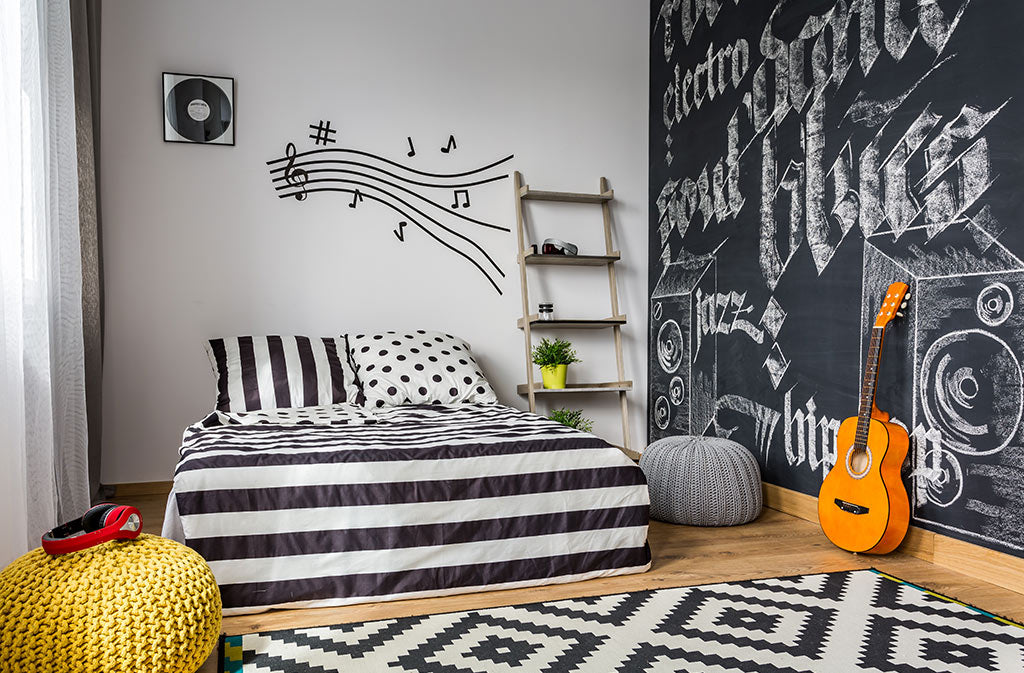 Spruce up the walls   Puffy