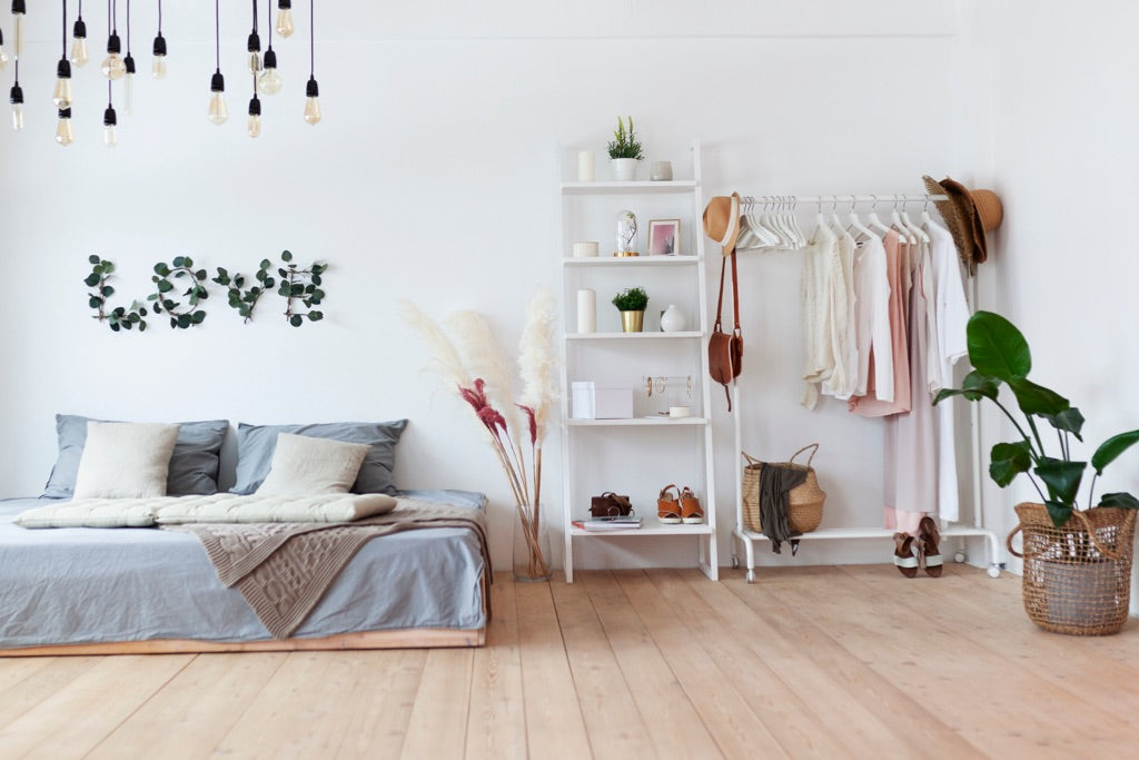 Eliminate clutter from surface areas | Puffy