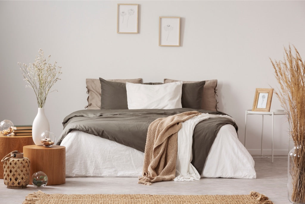 Get The Look: How To Create A Stylish Minimalist Bedroom | Puffy