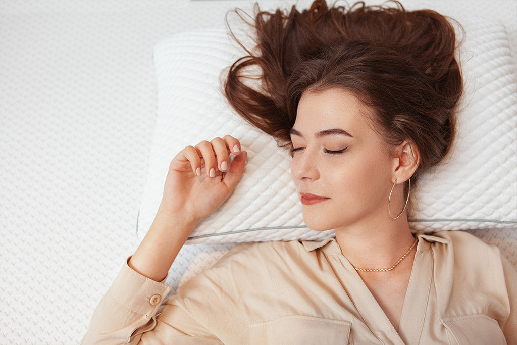 Is it better to sleep without a pillow?