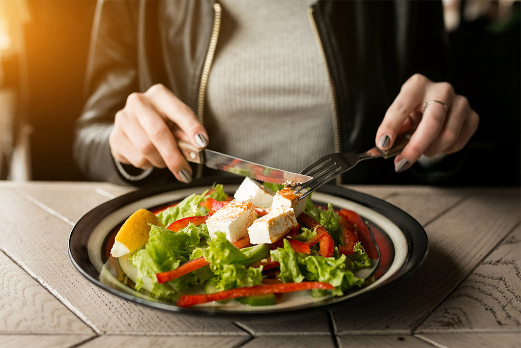 Avoid eating a heavy meal before bedtime