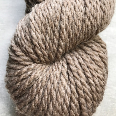 128 Superwash Chunky in Doeskin Heather