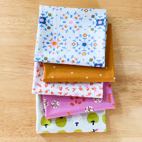 Smol in Shell Fat Quarter Bundle