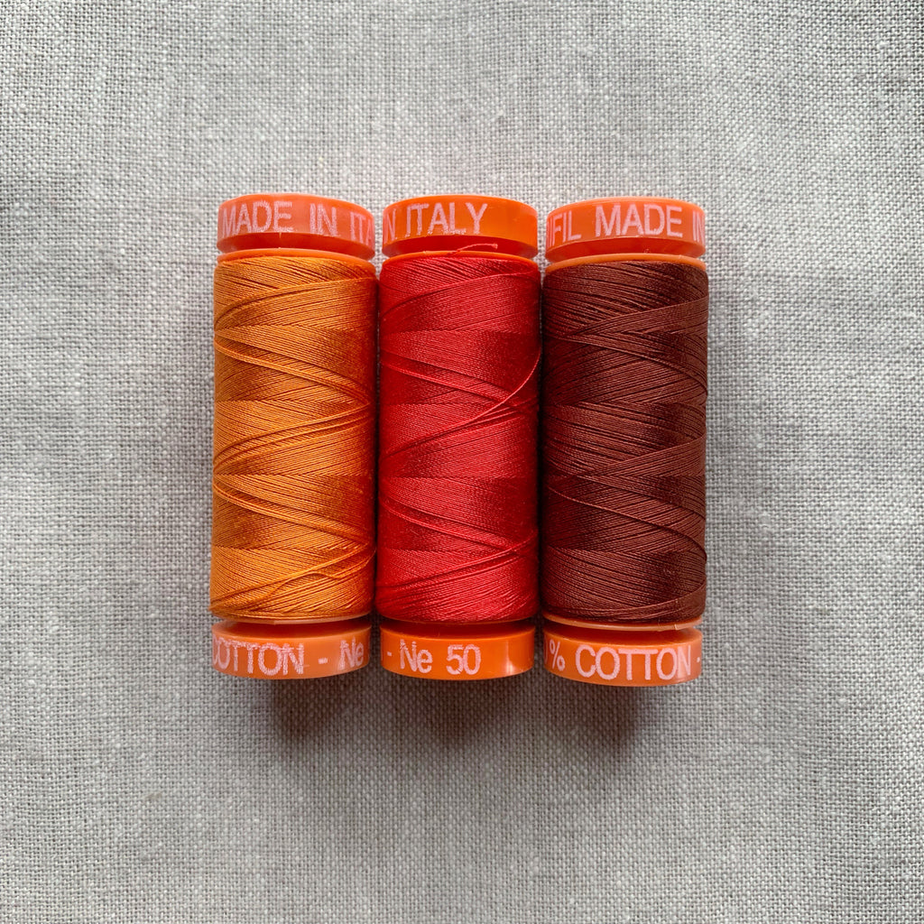 Aurifil Thread Pack in Orange & Red