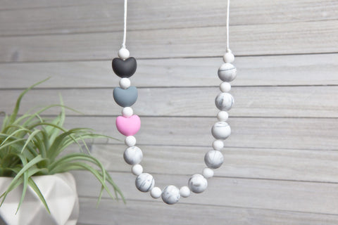 Maggie Silicone Teething Necklace - Pink Blossom