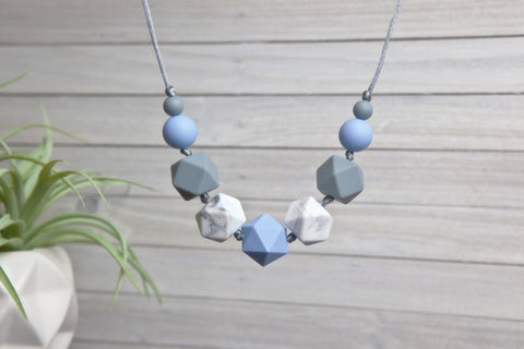 Emmy Silicone Teething Necklace - Serenity Blue