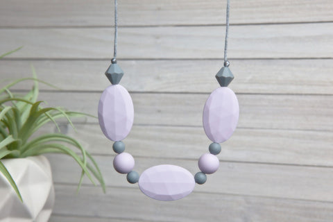 Adelyn Silicone Teething Necklace - Lavender Bloom