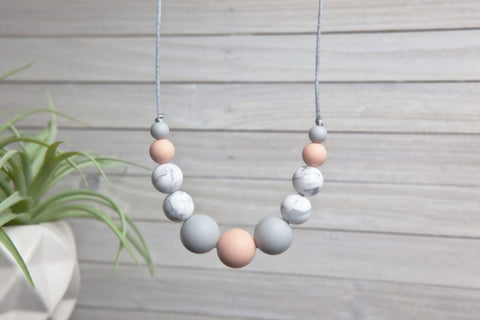 Sofia Silicone Teething Necklace - Georgia Peach