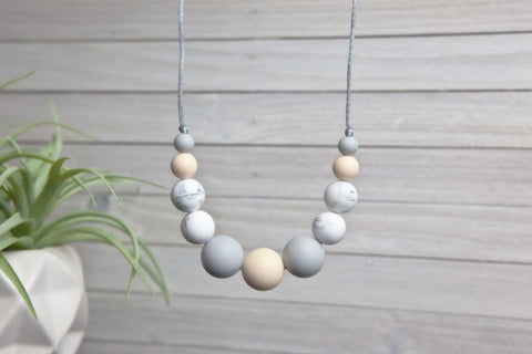 Sofia Silicone Teething Necklace - Sand