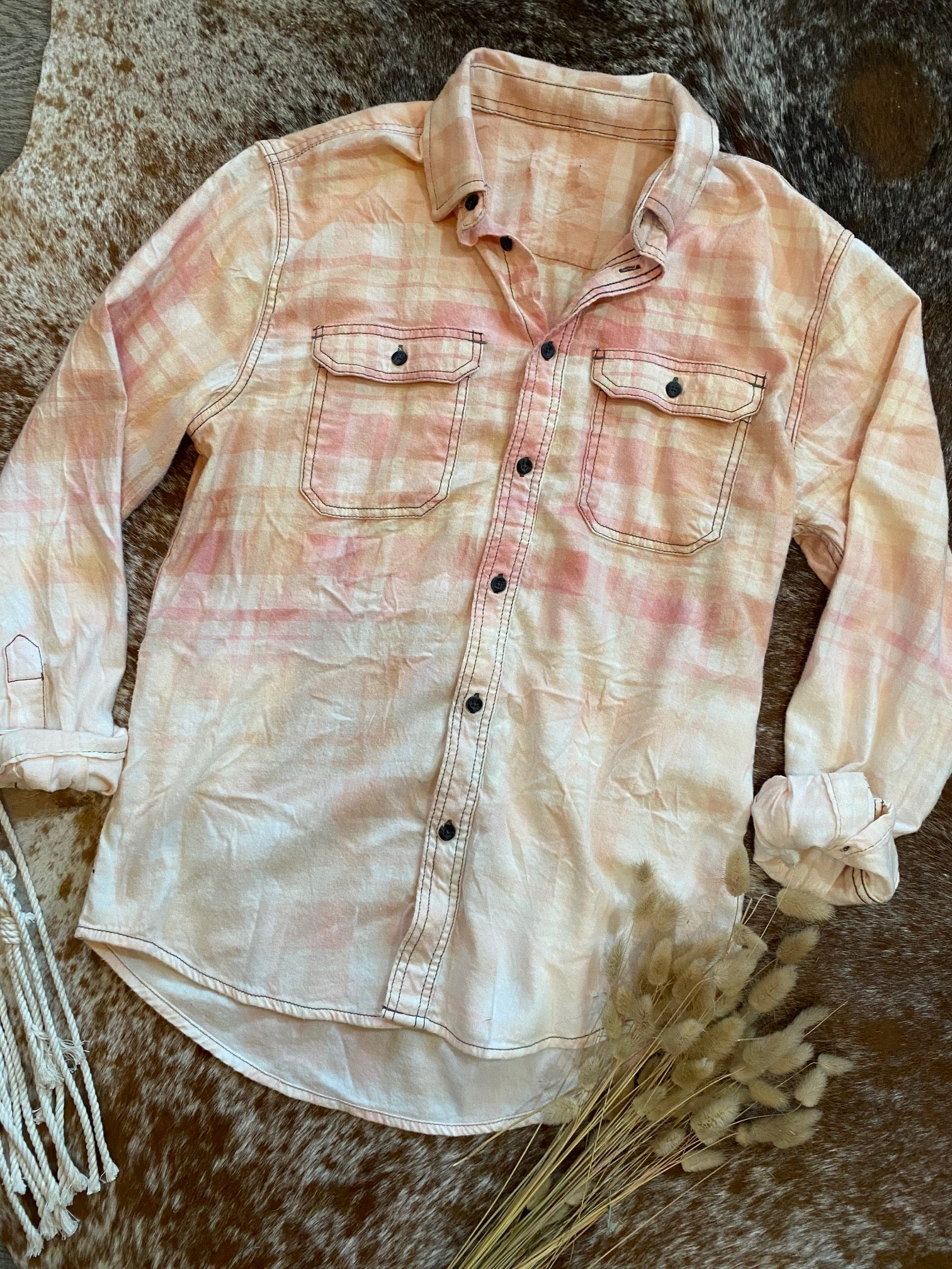 Light Pink & Cream Bleached Flannel
