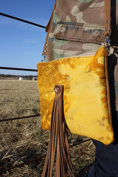 The Buttercup Crossbody