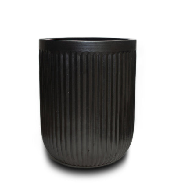 "Tall Vertical Line Pot 10"" Blk"