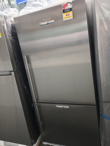 Fisher & Paykel 519L Bottom Mount Refrigerator- New Damaged Packaging RRP : $1798