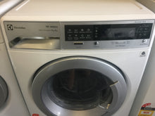 Electrolux 9kg/6kg Washer Dryer Combo (Front Loader) RRP$1799