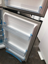 Hisense 230L Top Mount Fridge - FACTORY SECOND - DMS Appliances