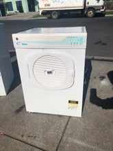 Hoover 5kg Heavy Duty Vented Sensor Dryer - DMS Appliances