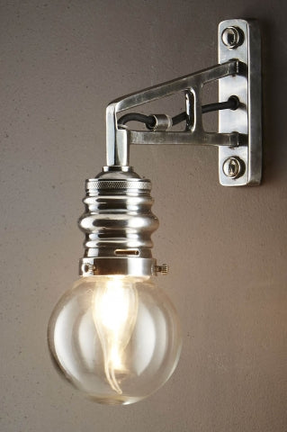 Carlton Wall Lamp Silver