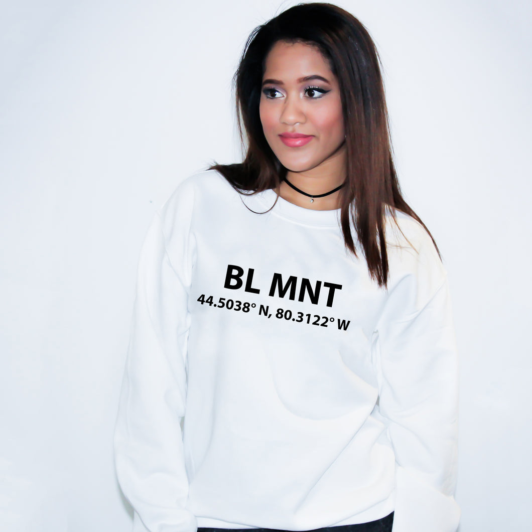 BL MNT The Blue Mountains Ontario Sweater - Unisex