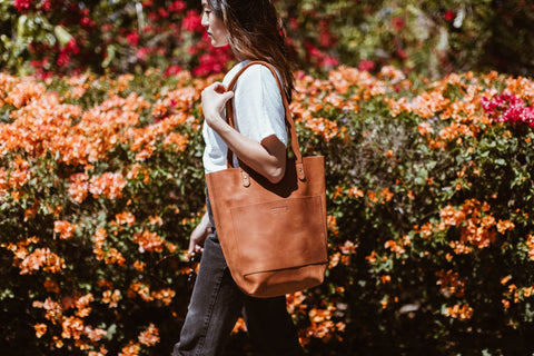 Caroline tote parker clay mother's day gift guide