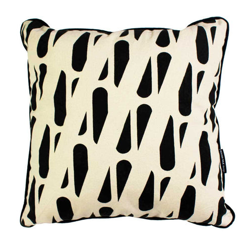 TRACKS SQUARE CUSHION / 45x45 / Black on Natural
