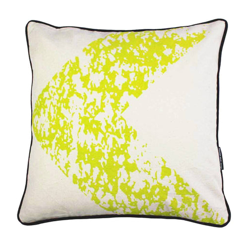 URBAN ARROW SQUARE CUSHION / 45x45 / Acid-Cactus on Natural